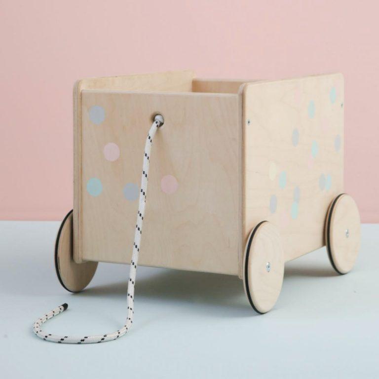 drvena-kolica-za-igracke